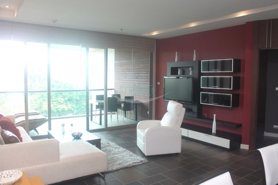 corner luxury apartment for rent  Condominiums to rent in Jomtien Pattaya