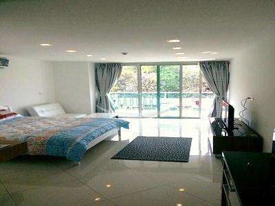 laguna heights condominium for slae in wongamt beach   para la venta en Wong Amat Pattaya