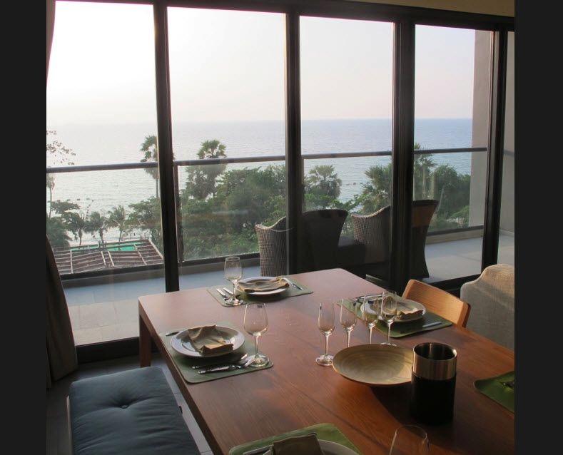 the zire beachfront condominium for rent in wongamat beach    to rent in Wong Amat Pattaya