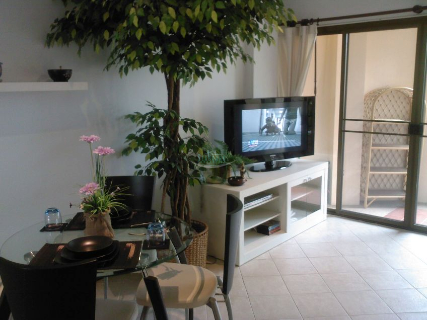 modern 1 bedroom for rent @ the chezz condo to rent in Central Pattaya Pattaya