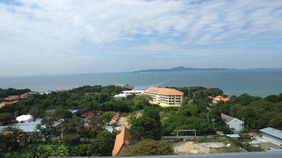 cosy beach view condominium for sale and for rent in pratumnak hill te huur In Pratumnak Pattaya