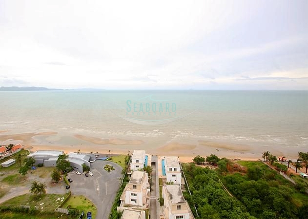 La Royale Condominium For Sale and For Rent in Na Jomtien  in Na Jomtien