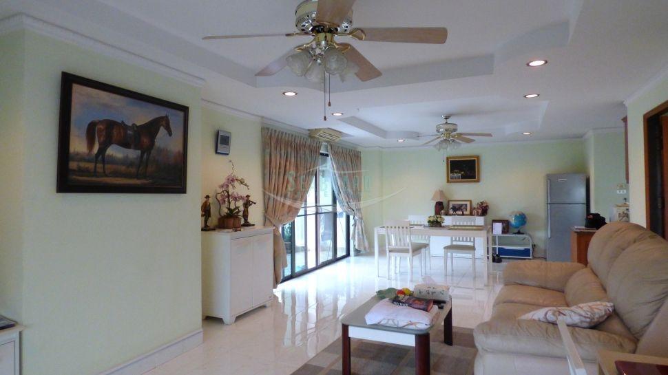 pattaya hill resort condominium for sale in pratumnak hill    per la vendita In pratumnak Pattaya