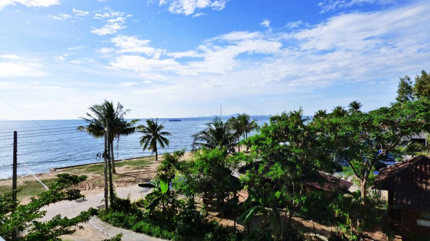 waters edge condominium for sale and for rent in na jomtien  for sale in Na Jomtien Pattaya