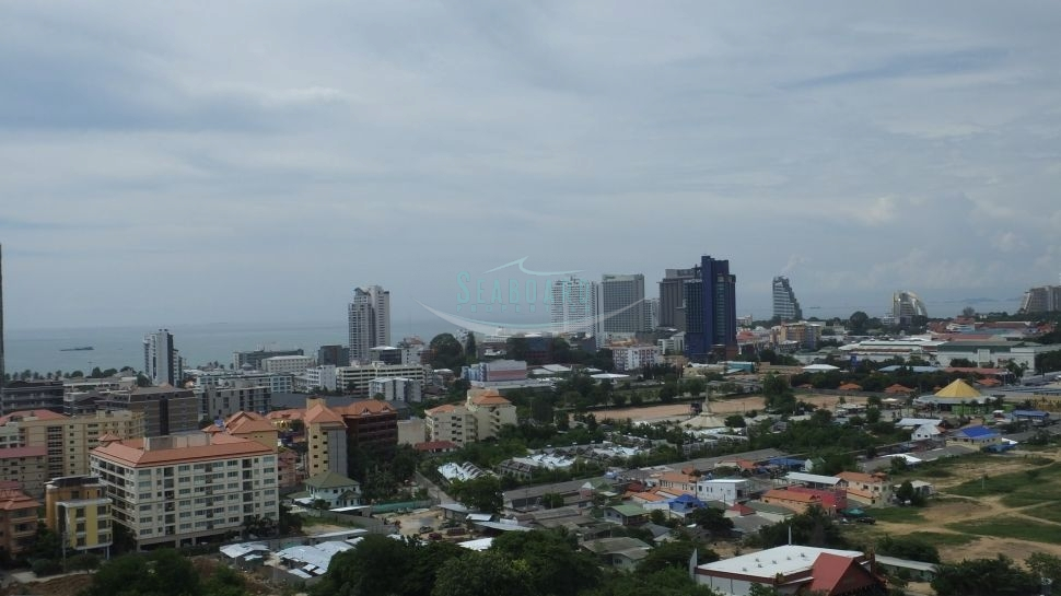 apartment in pattaya city with great sea view excellent location