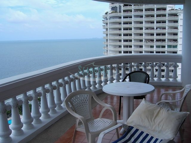 park beach condominium for sale and for rent in wongamat beach à vendre Dans Wong Amat Pattaya