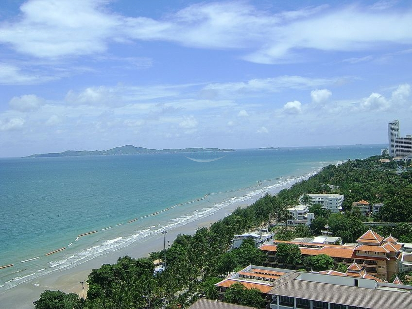 Seaboard Properties Co. Ltd. view talay 7 beachfront condominium for sale and for rent in jomtien   for sale in Jomtien Pattaya