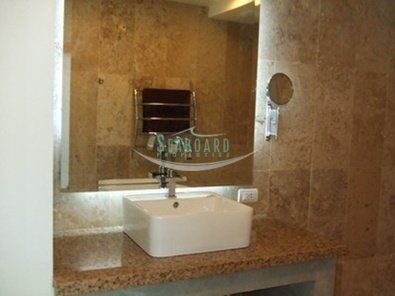 bahtroom bathtub rental apartment holiday vacation pattaya luxury living convenient location close ameneties agent