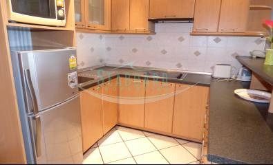 kitchen western style fully furnished studio room for rent agency pattaya