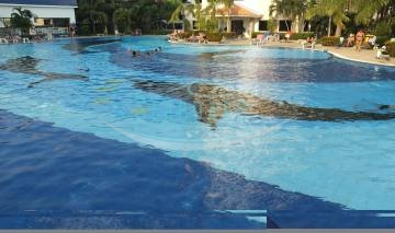 swimming pool condominium for sale and for rent agent properties