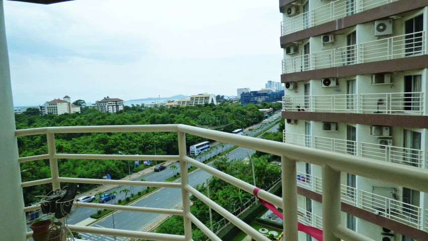 pattaya heights condominium for sale and for rent in pratumnak hill    for sale in Pratumnak Pattaya