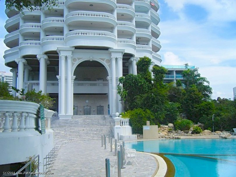 park beach condominium for sale and for rent in wongamat beach   for sale in Wong Amat Pattaya